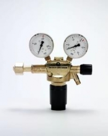 Pressure regulator argon/ferroline 16 l/min G5/8 RI